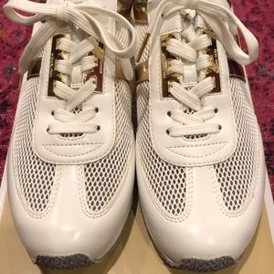 Michael Kors Shoes - 👟🆕Michael Kors sneakers, New In Box